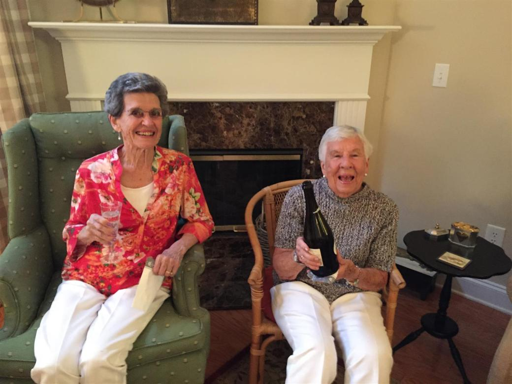 2015-08-05 04 Alice and Fran (Large)