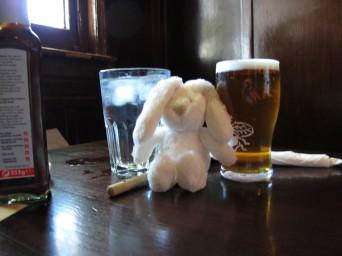 2010-10 41 Beasley at Pub (Large)